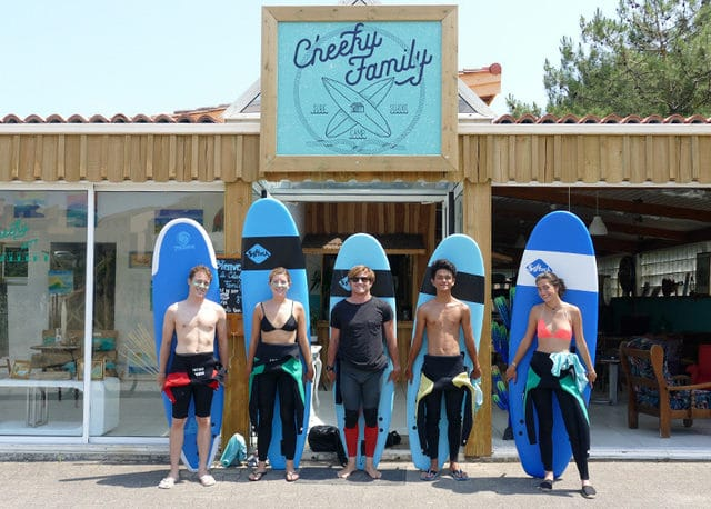 Cheeky Family-Ecole de surf-Surfcamp-Lacanau